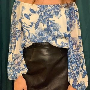Alice+Olivia off the shoulder floral chiffon top S
